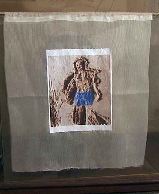 Figure de sable culotte bleue