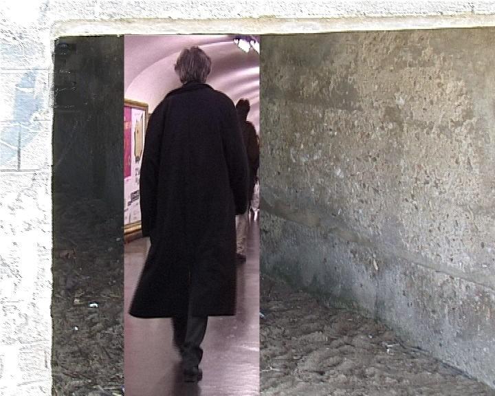 Tous ils cherchent II Homme manteau